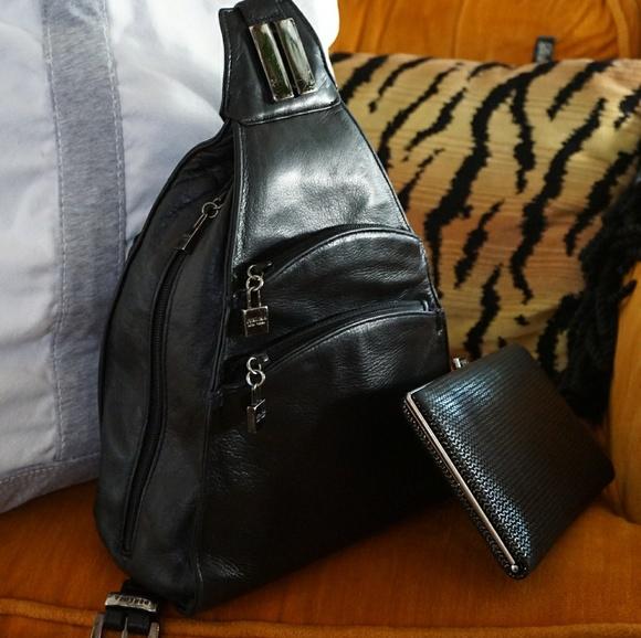 442f2b4db1 Perlina Vintage Black Leather Mini-Backpack. M 5bc56d05baebf62513d68b8b